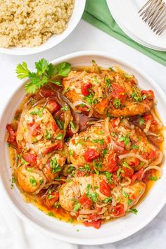Slow cooker balsamic chicken is easy to prep with just a few ingredients for a simple weeknight dinner that has big flavor! Slow Cooker Huhn, Slow Cooker Recipes, Cooking Recipes, Crockpot Meals, Healthy Recipes, Easy Recipes, Weekly Recipes, Savoury Recipes, Cooking Tips