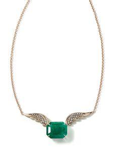 Rock Season pendant in 18K Noble Gold, emerald and diamonds. H.Stern Rock Season collection.