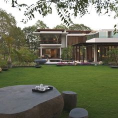The Stunning Courtyard House, Gujrat, India