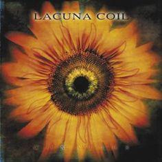 """L'album dei #LacunaCoil intitolato """"Comalies"""". Come per l'attuale versione da studio, la versione deluxe contiene un bonus-cd da """"Comalies"""" con materiale acustico, video e live."""