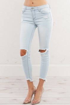 CHANCE RIPPED KNEE MID RISE DENIM