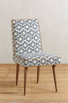 Slide View: 1: Shellflower Zolna Chair