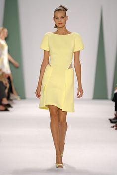 Carolina Herrera Spring 2015-robe jaune