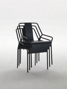 Dao Chair, where air passes through one chair