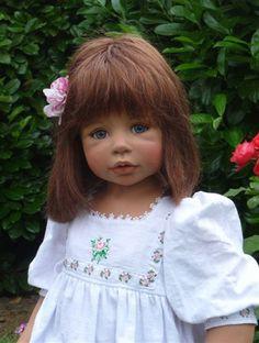 Masterpiece Dolls Sasha Brunette