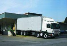O ano de 2013 foi histórico para a Scania. A empresa bateu seu recorde de emplacamentos de caminhões e ônibus desde que chegou ao País em 1957, com 20.824 unidades, e liderou a categoria dos pesados.