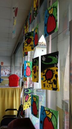 Joan miro Kandinsky, Montessori Art, 3rd Grade Art, Ecole Art, Preschool Art, Art Plastique, Art Activities, Matisse, Teaching Art