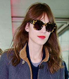 These Karen Walker frames worn by Alexa Chung are TO DIE FOR! Watch this space for the new fashion collection coming soon to Glasses Now Ray Ban Prescription Sunglasses, Cheap Ray Ban Sunglasses, Sunglasses Online, Black Sunglasses, Round Sunglasses, Celebrity Sunglasses, Trending Sunglasses, Celebrities With Glasses, Alexa Chung