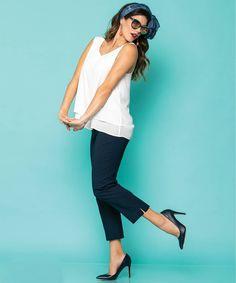 Γιατί τα #plussize ρούχα μπορούν να είναι μοδάτα και όμορφα!  Τοπ από μουσελίνα και παντελόνι ελαστικό 7/8❤️ #vayagr #boutique #fashion #style #thessaloniki #greece #trousers