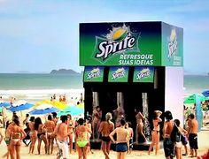 Genial campaña de Sprite utilizando las duchas en la playa como plataforma para promocionar su bebida. #MarketingDeGuerrilla