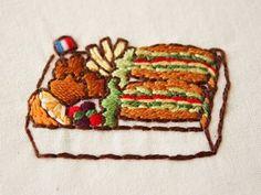 サンドイッチ弁当の刺繍 . 今日も暑い日になりそうですね☀️ . . #刺繍 #enbroidery #手刺繍#サンドイッチ#サンドイッチ弁当