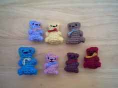 FREE PATTERN ~ C ~ @  http://www.craftster.org/forum/index.php?topic=289504.msg3296032#msg3296032 Free Crochet Pattern: Miniature Teddy Bears
