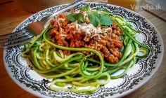 Cuketové špagety (fotorecept) - Recept Keto Recipes, Recipies, Spaghetti, Low Carb, Ethnic Recipes, Food, Recipes, Rezepte, Essen