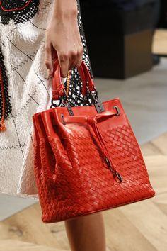 New Handbags, Fashion Handbags, Tote Handbags, Purses And Handbags, Fashion Bags, Milan Fashion, Trendy Fashion, Luxury Bags, Beautiful Bags