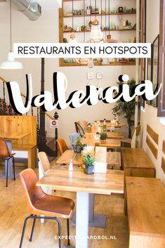 Waar eet je klassieke paella of lekkere tapas tijdens je stedentrip Valencia? Bekijk hier een lijst met de leukste restaurants, hotspots, bars en cafés in Valencia. Valencia Restaurant, Madrid Tapas, Spain Travel Guide, Valencia Spain, Barcelona Travel, Cool Cafe, Malaga, Dream Vacations, Travel Inspiration