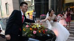 China officials try to rein in 'bride price'