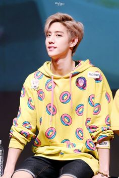 #GOT7 #Mark Don't look at me like that, Mister Mister. <~< xD Love you~!