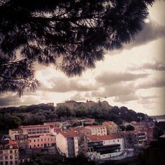 Castle view #lisbonlover #lisbonne #lisbon #lisboa #portugal #2012 #picoftheday #photooftheday #photo #androidonly #android #androidmania #androidaddict #ig #instagram #instacanvas #statigram #sight #tourism #trip #webstagram - @andrebravoferreira- #webstagram