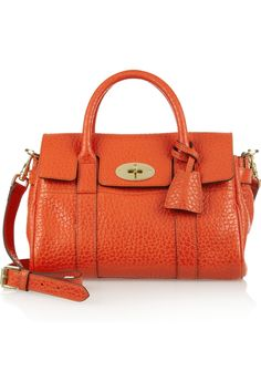 Mulberry small Bayswater textured-leather bag in flame shiny grain. Best Purses, Orange Bag, Vintage Purses, Small Bags, Beautiful Bags, Leather Bag, Leather Handbags, Purses And Bags, Shoulder Bag