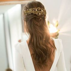 10 Most Amazing Wedding Hairstyles To Look Stunning During Your Weddings Wedding Robe, Wedding Hair Down, Boho Wedding, Wedding Gowns, Bride Hairstyles, Down Hairstyles, Hair Inspiration, Wedding Inspiration, Stunning Dresses