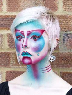 Anastasija Potjomkina created this futuristic alien geisha look on modelIska Ithilusing Sugarpill Love+, Lumi and Darling.