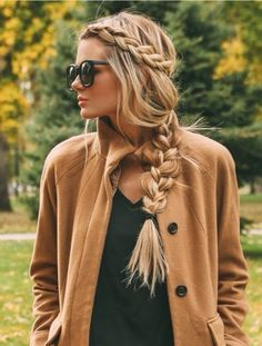 Side braid hairstyles are the beautiful and sexy hairstyle. If you're looking for an appropriate way to make your hair look more vibrant, side braid hairstyle is your best choice. Traditional braided hairstyle, all the beauty is at the back, so side New Braided Hairstyles, Box Braids Hairstyles, Winter Hairstyles, Trending Hairstyles, Boho Hairstyles, Straight Hairstyles, Long Haircuts, Hairstyle Ideas, Beautiful Hairstyles