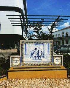#portimaocenter #algarveportugal #portimaogardens #gardenstyle #portuguesestiles #portugalhistory #tilesdesign Algarve, Portugal, Broadway Shows