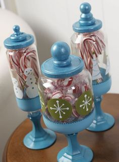 Christmas Craft: Apothecary Candy Jars #christmascrafts