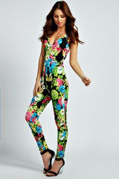 Go all-out for all-in-ones this season with playsuits and jumpsuits at boohoo New Zealand. With striped and floral styles, crochet details and loose or fitted options. Floral Jumpsuit, Perfect World, Floral Fashion, Boohoo, Compliments, Texture, Outfits, Clothes, Shopping