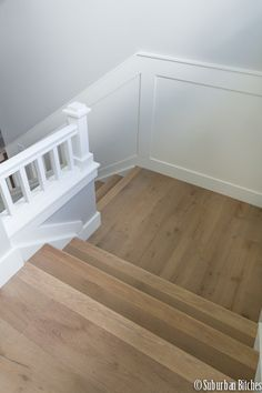 European White Oak Wide Plank Wood Flooring For The Stairs