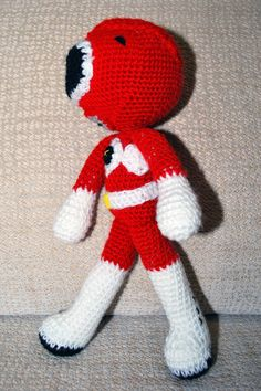 Amigurumi Power Ranger Rojo. Pequeña Pipi 2.0