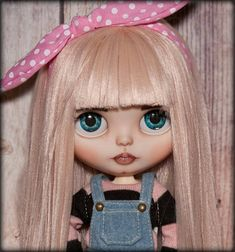 THIS DOLL IS RESERVED AND ON LAYAWAY! First payment $115 - received 08 Feb 2018. Second (last) $115 due till March 08 To your attention a custom of Blythe doll, factory fake blythe (TBL Blythe). This sweet girl is looking for a new home. Jointed body (Azone), sleepy and boggled eyes
