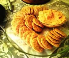 Recipe Cheese Crackers by Cheryle P, learn to make this recipe easily in your kitchen machine and discover other Thermomix recipes in Baking - savoury. Cheese Cracker Recipe, Cheese Recipes, Biscuit Bread, Biscuit Cookies, Savory Snacks, Healthy Snacks, Thermomix Bread, Bellini Recipe, Sugar Free Recipes