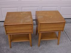 Feb 27, 2015 Price: US $205.00 - for one Shipping: $60.48     Vtg 1950's Heywood Wakefield Harmonic Night Stand Lamp Table for Refinishing   eBay