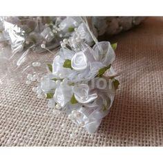Svatební růžičky bílé mini  12svazků po 12 ks