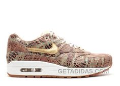 """Purchase limited editions of Nike Women's Air Max 1 Yots Qs """"Year Of The Snake"""" Linen Metallic Gold Sail. Worldwide shipping from 1 to 7 working days. Nike Running, Running Sneakers, Air Max Sneakers, Sneakers Nike, Air Max 1, Nike Air Max, Pumas Shoes, Men's Shoes, Nike Shoes"""