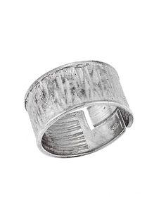 Ανδρικό Δαχτυλίδι από Ασήμι 925 Αναφορά 022269 Ένα πανέμορφο ανδρικό δαχτυλίδι που μπορείτε να χαρίσετε στον αγαπημένο σας κατασκευασμένο από Ασήμι 925 σε χρώμα λευκό με όμορφα λαξευμένα σχέδια ανάμεσα του. Bracelets, Silver, Jewelry, Jewlery, Jewerly, Schmuck, Jewels, Jewelery, Bracelet