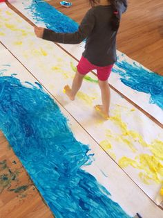 Passover. Fun to use paint rollers on long handles to paint the water. Great large motor work. Seder Meal, Jewish School, Paint Rollers, Passover Recipes, Jewish Crafts, Preschool Art Projects, Palm Sunday, Bible Lessons For Kids, Sunday School Crafts