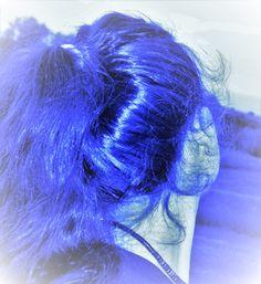 https://flic.kr/p/HrJNQn   Giulia Bergonzoni #photography #surreal #blue #hair #girl #bergonzoni