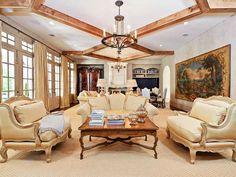 Golden and perfect! (3801 Normandy Avenue, Highland Park - Dallas, Texas)