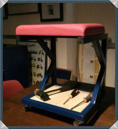 Ciclofficine Salento: Sgabello da officina autocostruito