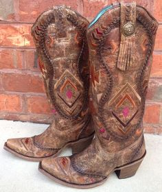 The Corral Multicolor Ethnic Pattern and Whip Stitch is a timeless western fashion boot. One of the most beautiful boots I've ever seen! This style features beautiful traditional patterns in rugged co Cowboy Boots Women, Cowgirl Boots, Western Boots, Country Boots, Western Wear, Country Style, Cowboy Hats, Cowgirl Chic, Cowgirl Style