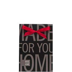 PRESENT Geschenktüte klein    Kunstvolle Verpackungen falten, mit Schere oder Kleber hantieren und Bänder gekonnt verknoten - das ist nicht jedermanns Sache. Deshalb tüten Sie Ihr Butlers-Präsent kurzerhand in die Present-Geschenktüte ein, binden das leuchtend rote Band zu - und bringen so im Handumdrehen die Augen des Beschenkten zum Strahlen. In einer weiteren Größe erhältlich.    Größe: Brei...