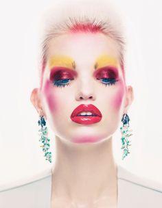 Manuel Vera | Daphne Groeneveld para Vogue UK Noviembre 2012