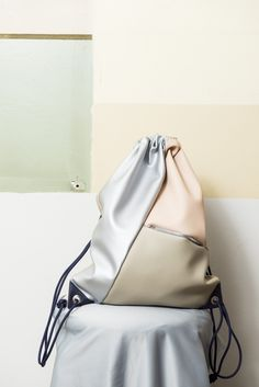Turnbeutel aus Kunstleder, 100% vegan // fake leather gym bag via DaWanda.com