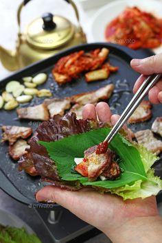 Korean Bbq Grill, Korean Bbq Recipe, Korean Recipes, Korean Food, Grilled Pork Belly Recipe, Pork Belly Recipes, Korean Pork Belly, Bulgogi Recipe, Kimchi Recipe