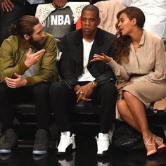 Pin for Later: What Are Beyoncé, Jay Z, and Jake Gyllenhaal Talking About?