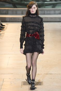 See the complete Isabel Marant Fall 2016 Ready-to-Wear collection.