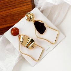 Geometric Statement Drop Earrings – klozetstyle.com Gold Statement Earrings, Round Earrings, Feather Earrings, Unique Earrings, Tassel Earrings, Handmade Hair Accessories, Wedding Accessories, Mothers Friend, Pearl Chain