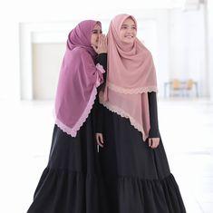 Image may contain: 2 people, people standing Moslem Fashion, Niqab Fashion, Fashion Outfits, Fashion Styles, Batik Dress, Islamic Fashion, Beautiful Hijab, Pakistani Outfits, Sweet Dress